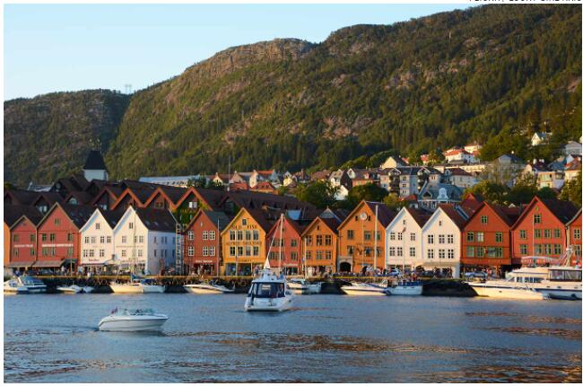 Bergen is an atmospheric city surrounded by beautiful nature