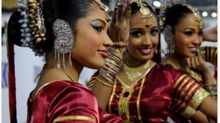 national clothing in Sri Lanka